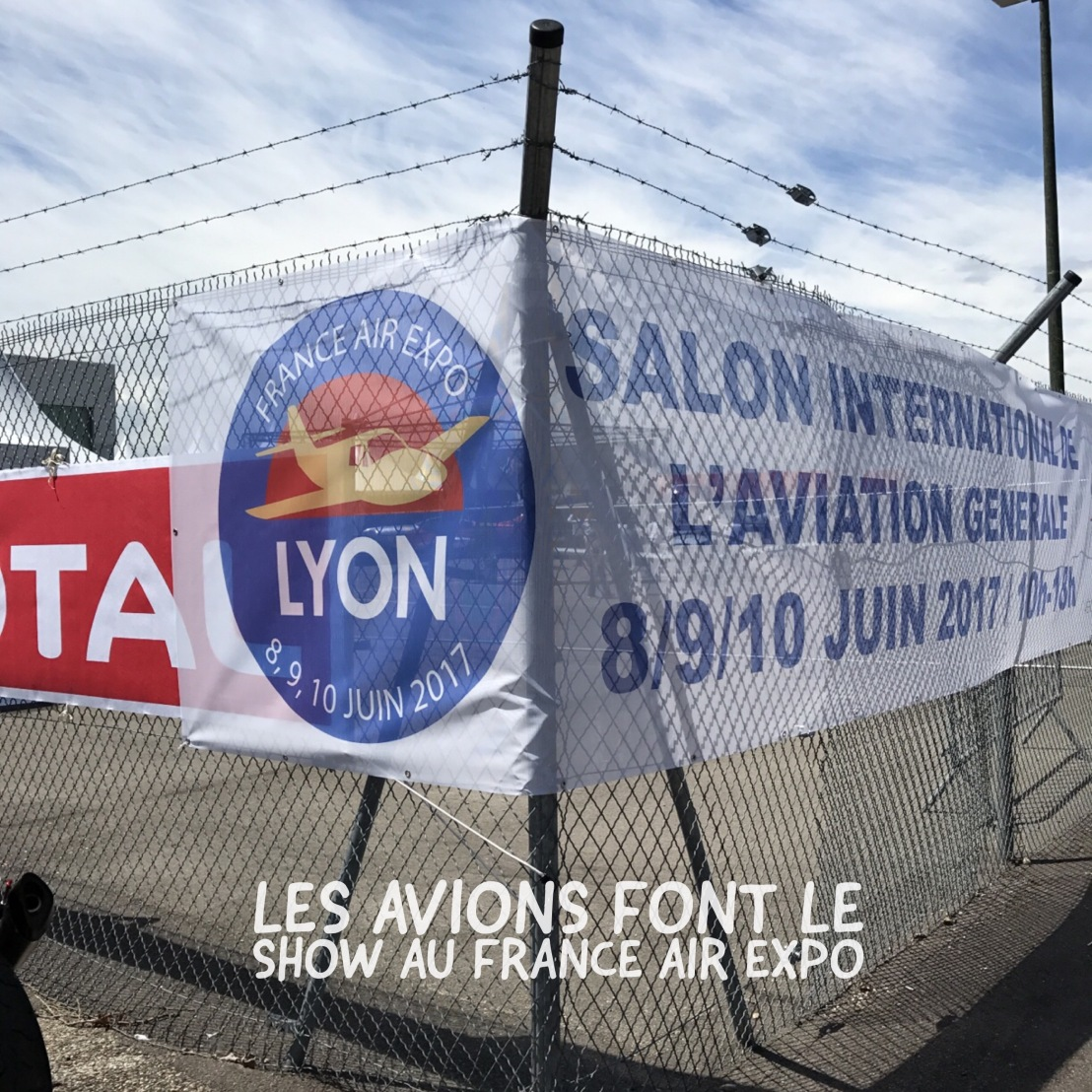 Les avions font le show au salon France Air Expo