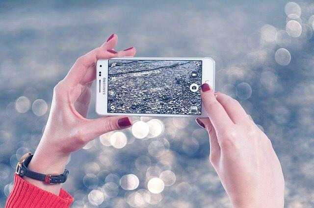 Xiaomi présente un prototype de téléphone pliable sur les réseauxsociaux