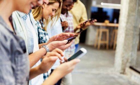 Google et Facebook, grands gagnants de l'essor des usages surmobile
